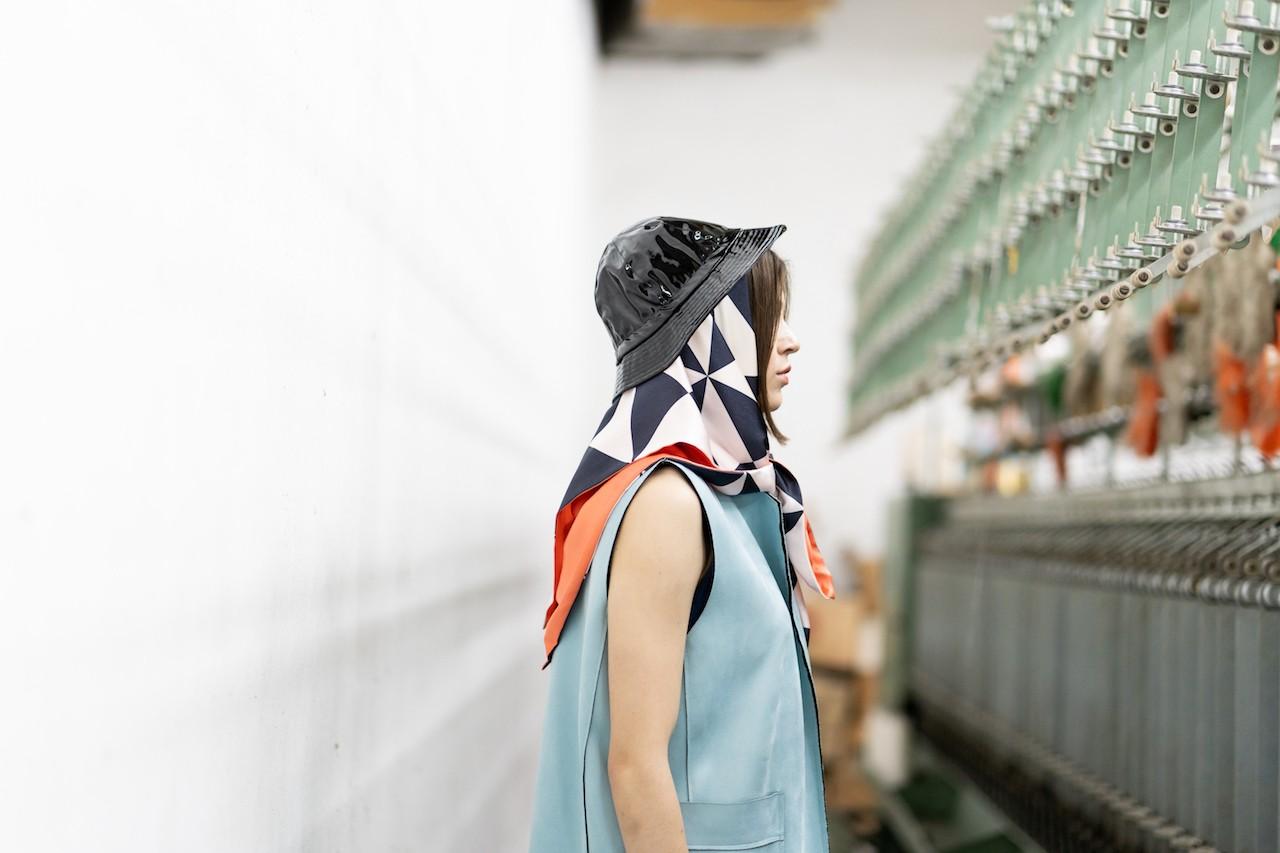 Silk scarf Un Japonais en Grèce: August | MANTILITY Double 90x90cm